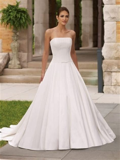 plain wedding dress fashion belief