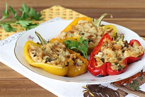 come cucinare i peperoni ripieni al forno peperoni ripieni al forno una ricetta semplice per un