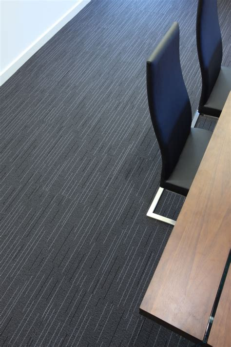 office flooring supply and fitting northtonshire uk