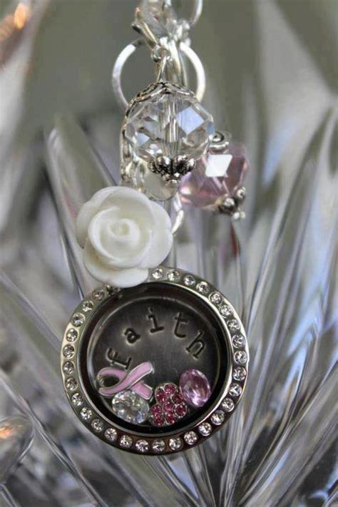 How To Put Charms In Origami Owl Locket - origami owl giveaway five in tow