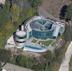 justin bieber s 60k per month la mansion trashed after