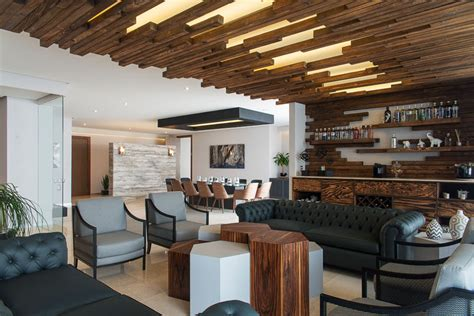 Ceiling Features by The Decorative Ceiling Design In This Living Room Will Get