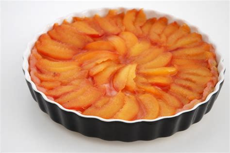 tatin style apple and lavender tarte tatin recipe dishmaps