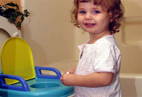 how to your to potty outside how to potty your tot successfully this summer potty outside