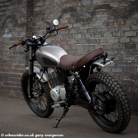Motorrad London by Honda 400 Street Scrambler Urban Rider London