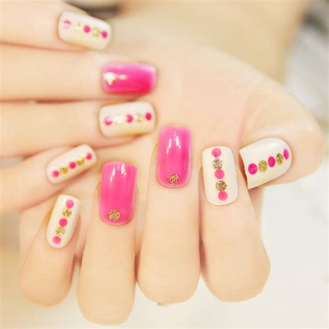 Nail For Medium Nails by Medium Length Pink False Nail Decoration Manicure Tips