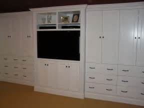 Custom built in bedroom cabinetry by cabinetmaker cabinets by alan