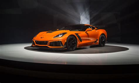 corvette supercar official 2019 chevrolet corvette zr1 with 755hp gtspirit