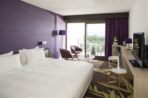 couleur de chambre a coucher moderne chambre a coucher blanche et mauve