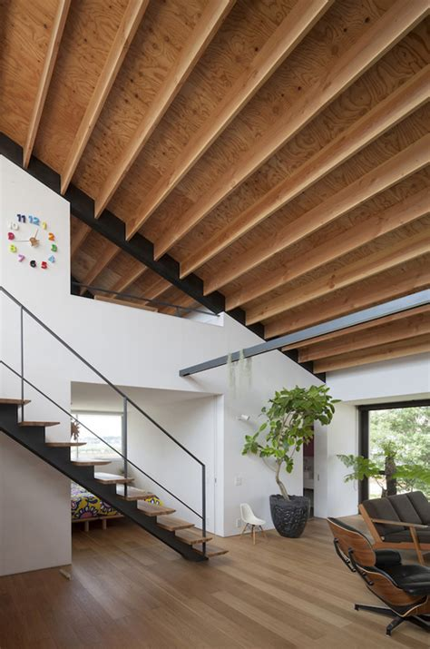 Modern Hip Roof A Modern Hipped Roof House In Japan Home Design Lover
