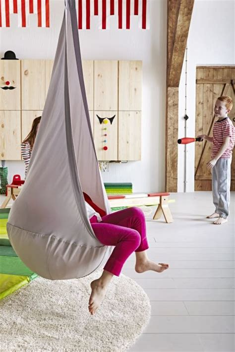 ekorre swing swinging helps to develop a sense of balance and body