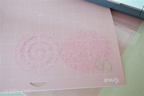 How To Clean Cricut Mat by How To Clean Your Fabricgrip Cricut Mat The Happy Scraps