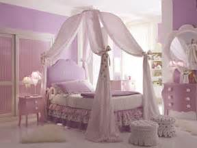 bunk beds for little girls 25 dreamy bedrooms with canopy beds you ll love designrulz