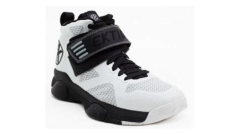 best basketball shoes for ankle support the 10 best basketball sneakers to wear if you need