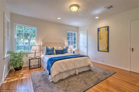 my first bedroom leonardo dicaprio sells one of his homes in studio city