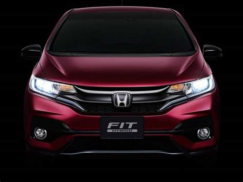 Honda Jazz Led Package Front Grill All New Jazz Drl Diskon 2017 honda jazz facelift revealed in japan drivespark news