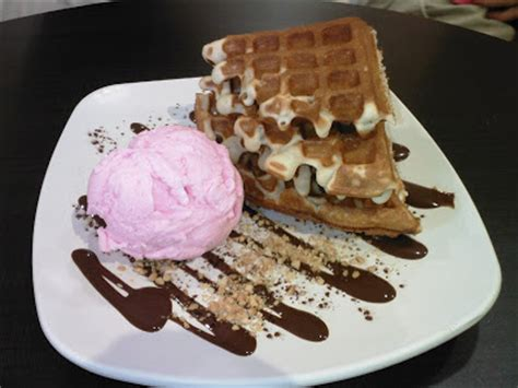is where to find crispy waffles in singapore