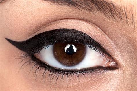 top eyeliner tutorial liquid essential makeup tricks you must know makeup tutorials