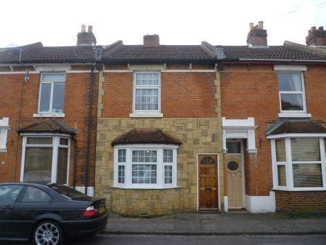 3 bedroom houses for rent in gosport 3 bedroom house to rent in priory road hardway gosport