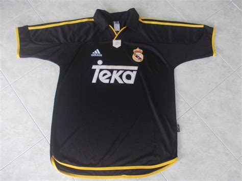 Jersey Retro Madrid By Maniakbola real madrid away football shirt 1999 2001 added on 2016