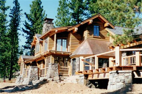 choosing a contractor by competitive bidding mountain architects hendricks architecture idaho negotiating with a contractor mountain architects