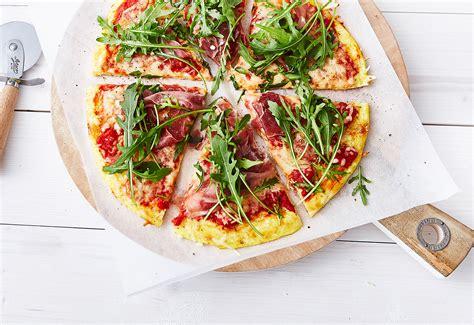 carb pizza frisch gekocht