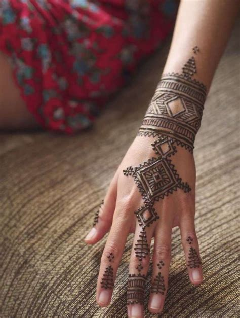 henna hand tattoo tutorial 25 best ideas about simple henna on