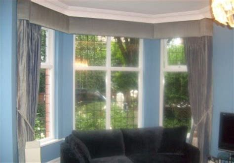 Bay Window Cornice What Is The Difference Between Valance Window Treatments