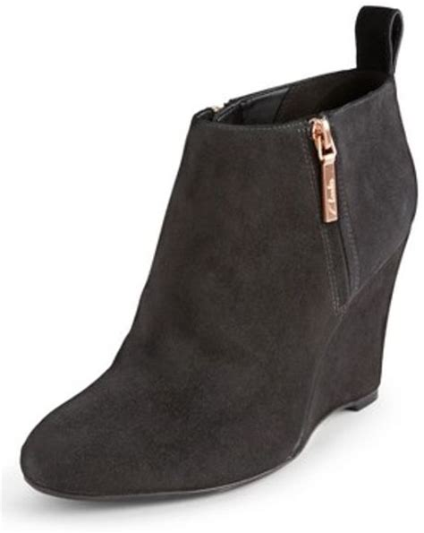clarks lorenzo wedge ankle boots in black black