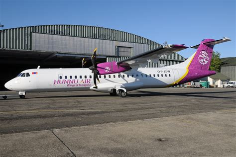 Air Second 2nd atr 72 for the airline hunnu air airplane painter