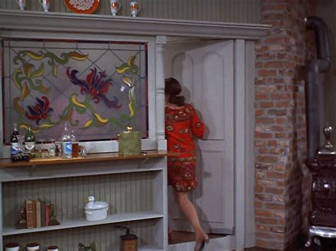 mary tyler moore s famous apartment floor plan mary richards apartment on quot the mary tyler moore show