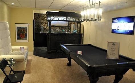 paint colors for rec rooms downstairs rec room i the all black pool table