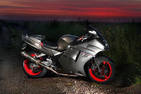 Gt Sport Honda Cbr 1100 Xx Super Blackbird Station Bike