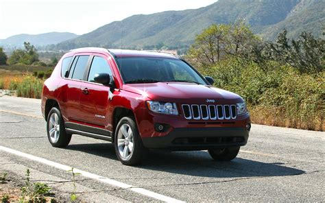 Jeep Compas 4x4 2013 Jeep Compass Latitude 4x4 Front View15 192255 Photo