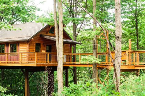treehouse cabins in berlin ohio treehouse hotels in ohio 2018 s best hotels