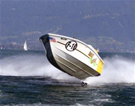speedboot köln speedboot fahren in speyer als geschenk mydays