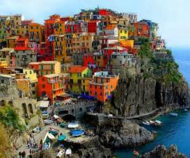 italy colorful houses parulsart colorful house