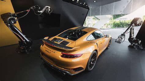 Porsche W V by Porsche Inszeniert 911 Im Livestream Mit Robotersteuerung