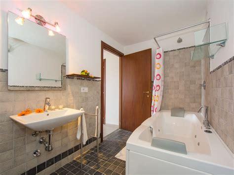 speisekammer hattingen badezimmer en suite badezimmer en suite roomido