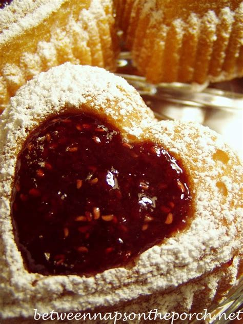 sweet heart shaped cake disign ideas world  pictures