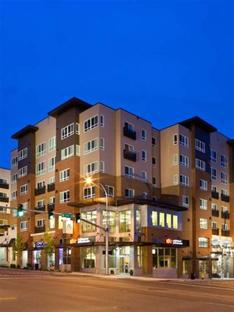 Apartments Near Bellevue Wi Bellevue Apartment Rentals In Washington Avalon Meydenbauer