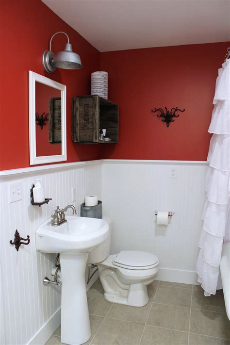 half bath with 2 tone paint for the home pinterest two tone bathroom color ideas home willing ideas