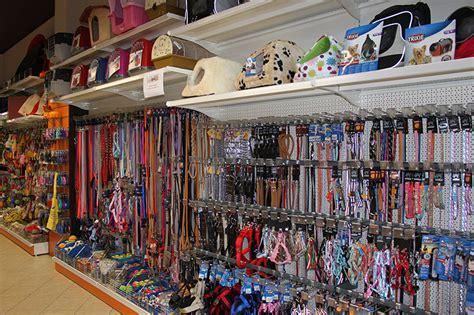negozi arredamento varese arredamento negozio per animali varese arredi negozio