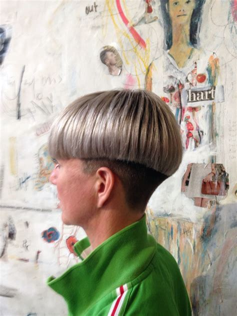 36 best bowl cut images on pinterest short wedge 126 best 31 haircut bowlcut images on pinterest short