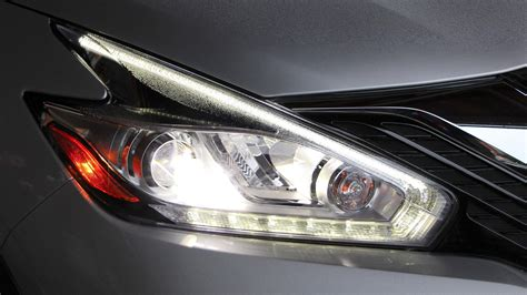 2015 Nissan Murano Led Headlights by 2015 Nissan Murano The Essentials Autotrader Ca