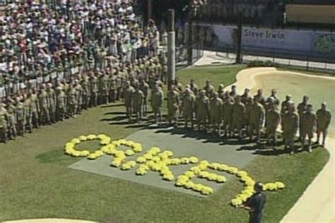 Steve Irwin Memorial Day At The Australia Zoo by Tribute Thousands Packed The Australia Zoo Crocoseum
