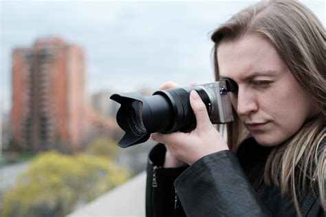 Sony Vario Tessar T E 16 70mm F 4 Za Oss Lens the sony vario tessar t e 16 70mm f 4 za oss lens review