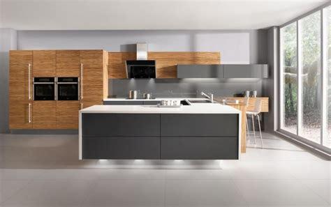 White Kitchen Designs Fotogalerie by Fortuna Zebrano Př 237 Rodn 237 Modern 237 Kuchyně Kuchyně