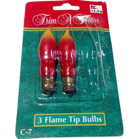vintage trim a home christmas flame tip light bulbs from