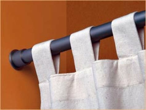 como poner una cortina colocar barras y rieles para cortinas bricolaje